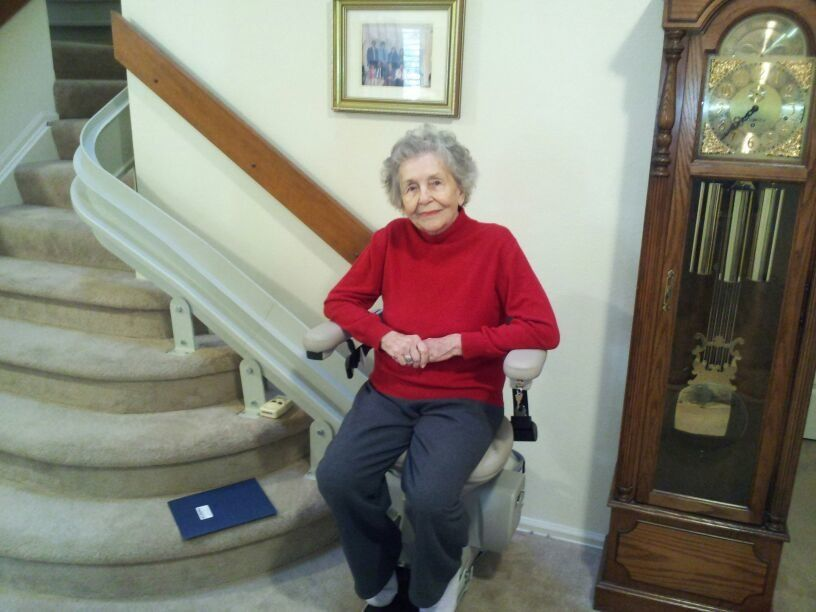 Custom Curved Stairlift or Chair Lift Highlands Ranch CO