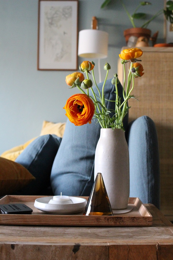 Ideas and inspiration | Add a punch of colour to your living