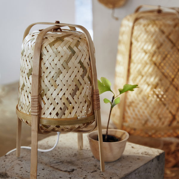 Bamboe tafellamp van de slow living collectie 2019 van IKEA - via Accessorize your Home