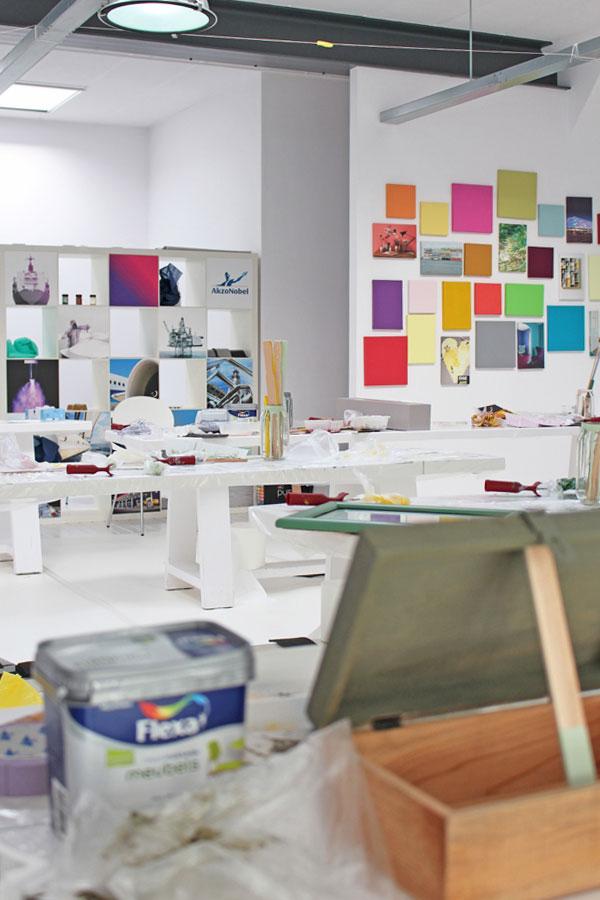 Het atelier na de DIY's - via Accessorize your Home