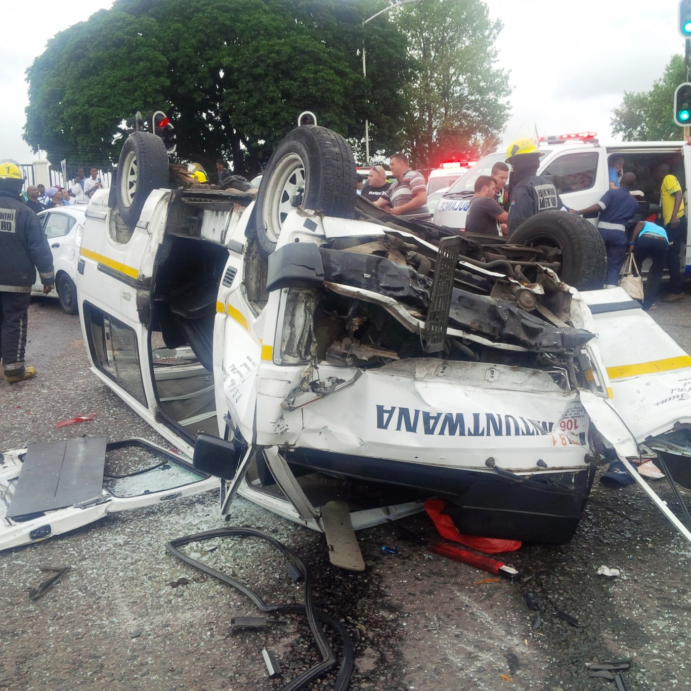 3 Taxi accidents in 2 hours leaves 33 injured in afternoon crash in Pinetown