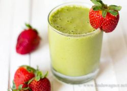 Green Smoothie for Glowing Skin