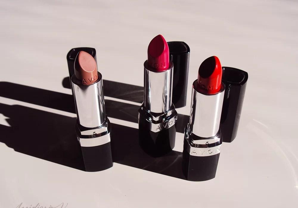 Avon Ultra Color Bold Lipstick | Accidiosa V