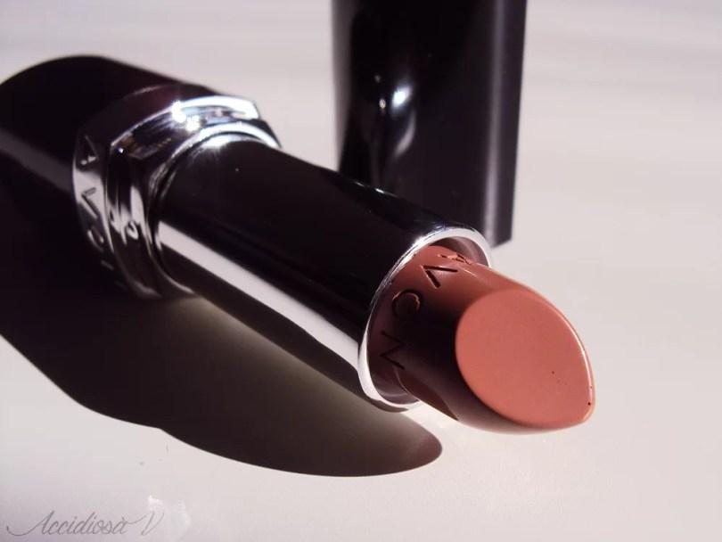 Avon Ultra Color Bold Lipstick - Rossetto 2014 - Bare Impact | Accidiosa V