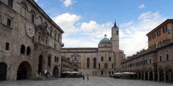 Historic holidays Urbino Accommodation Marche