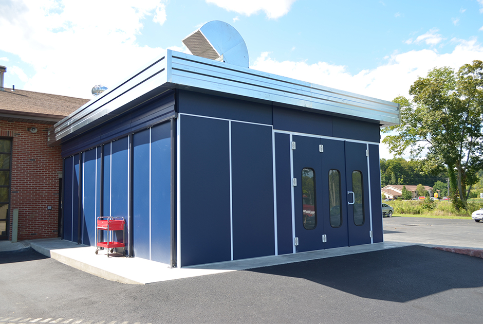 Attrayant Outdoor Paint Booth Outside 940x630