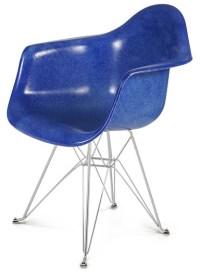 Case Study Arm Shell Eiffel Chair Fiberglass Chair Modernica