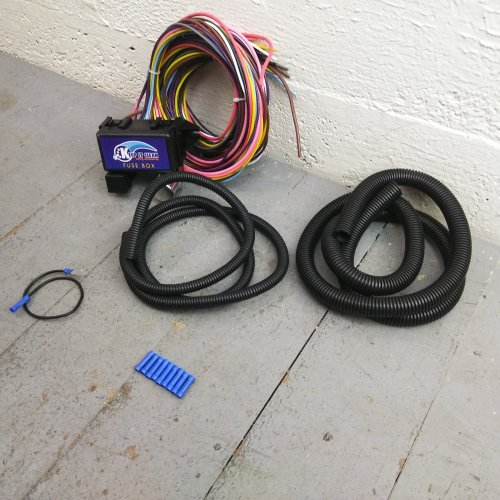 small resolution of 12 fuse universal wiring harness kit 1956 ford 1955 ford ebay 12 fuse universal wiring harness kit 1956 ford 1955 ford ebay