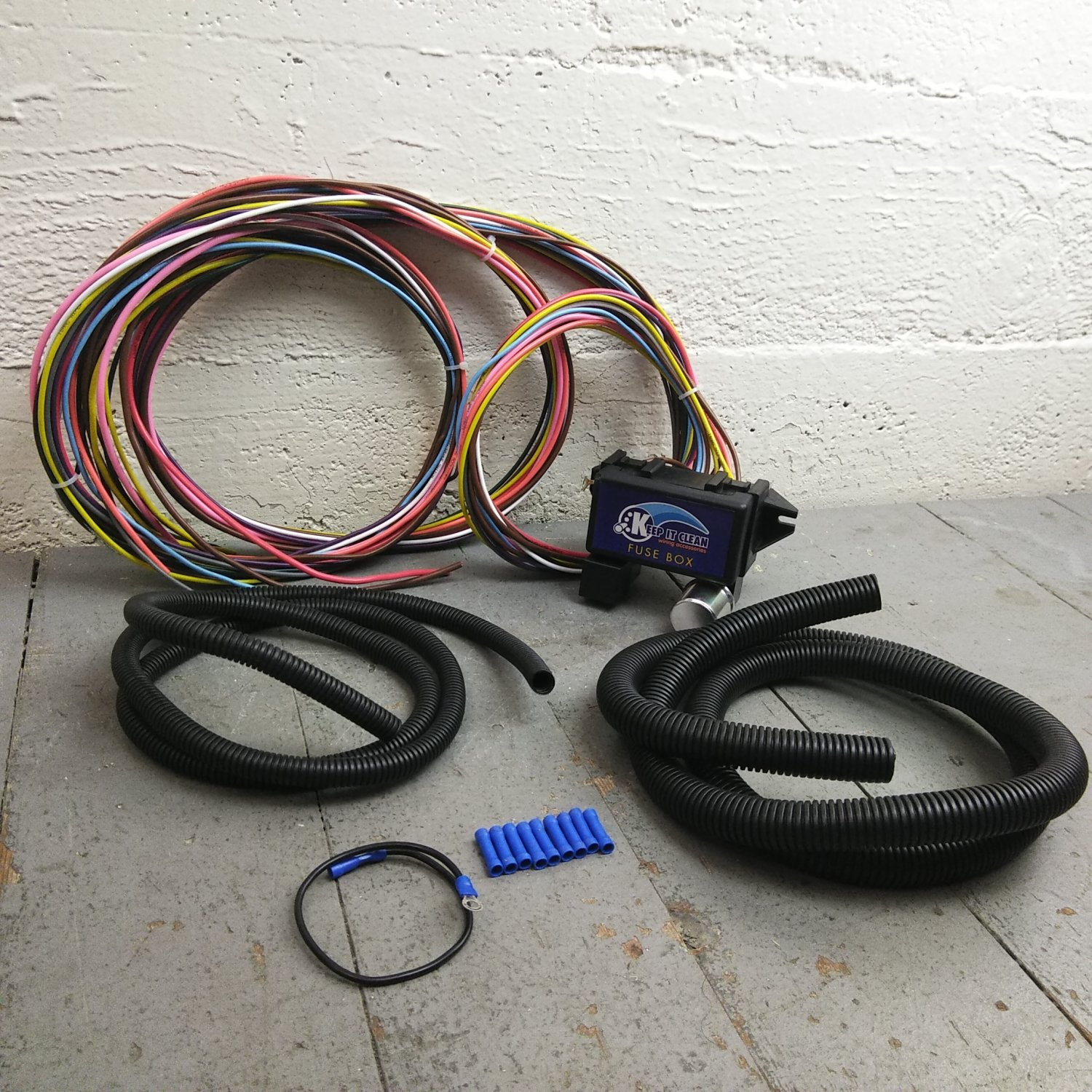 hight resolution of wire harness fuse block upgrade kit for no reserve chrysler hot rod hot rod wiring kit digital hot rod fuse box kit
