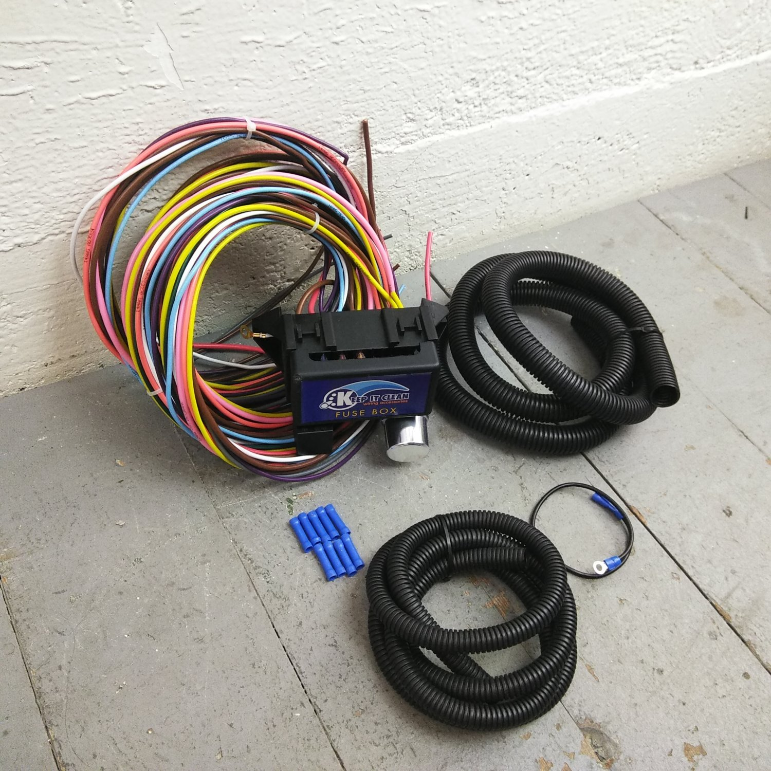 hight resolution of 1961 1966 ford truck econoline 8 circuit wire harness fits painless fuse kic bar product description c