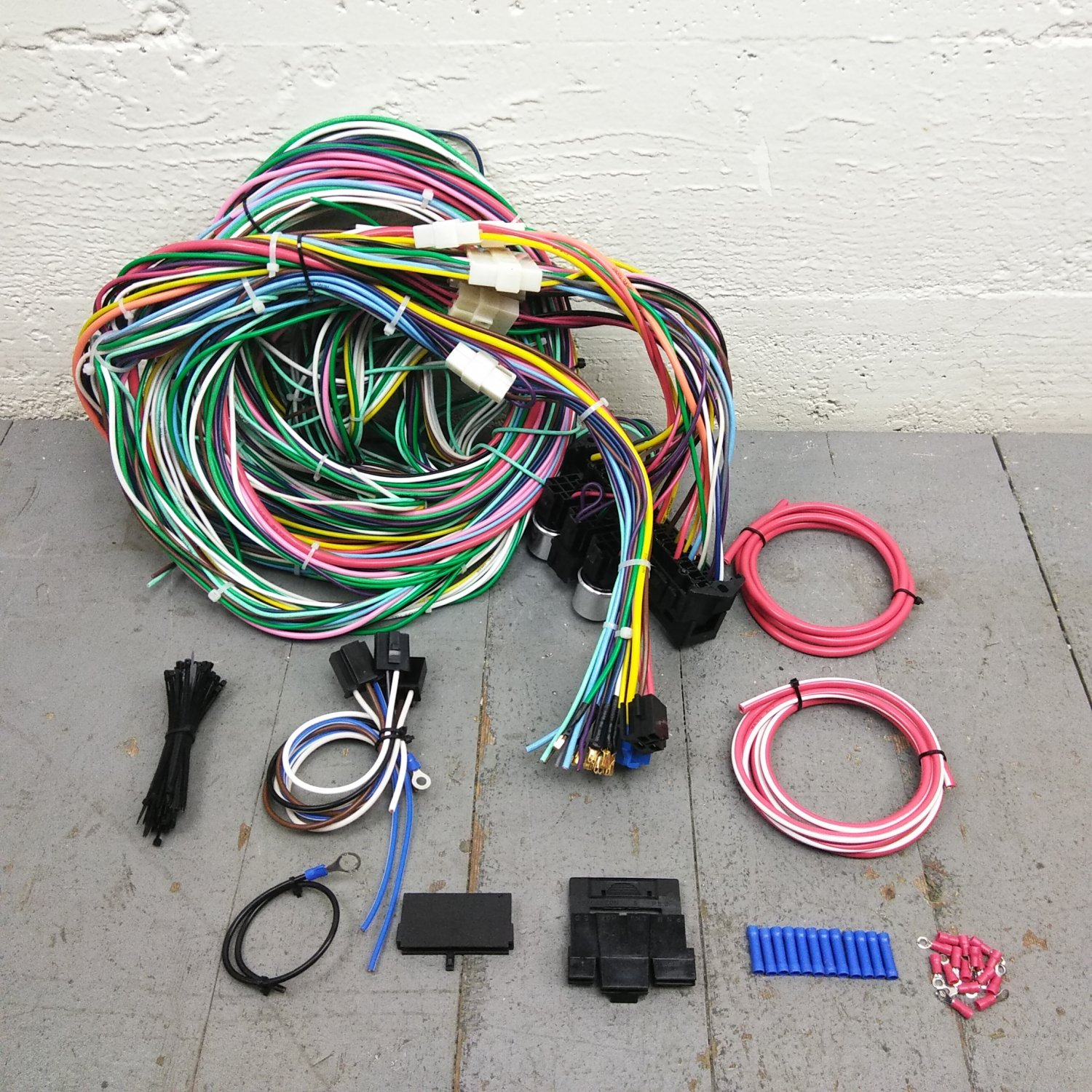 hight resolution of 1948 and later studebaker wire harness upgrade kit fits painless fuse new update bar product description c