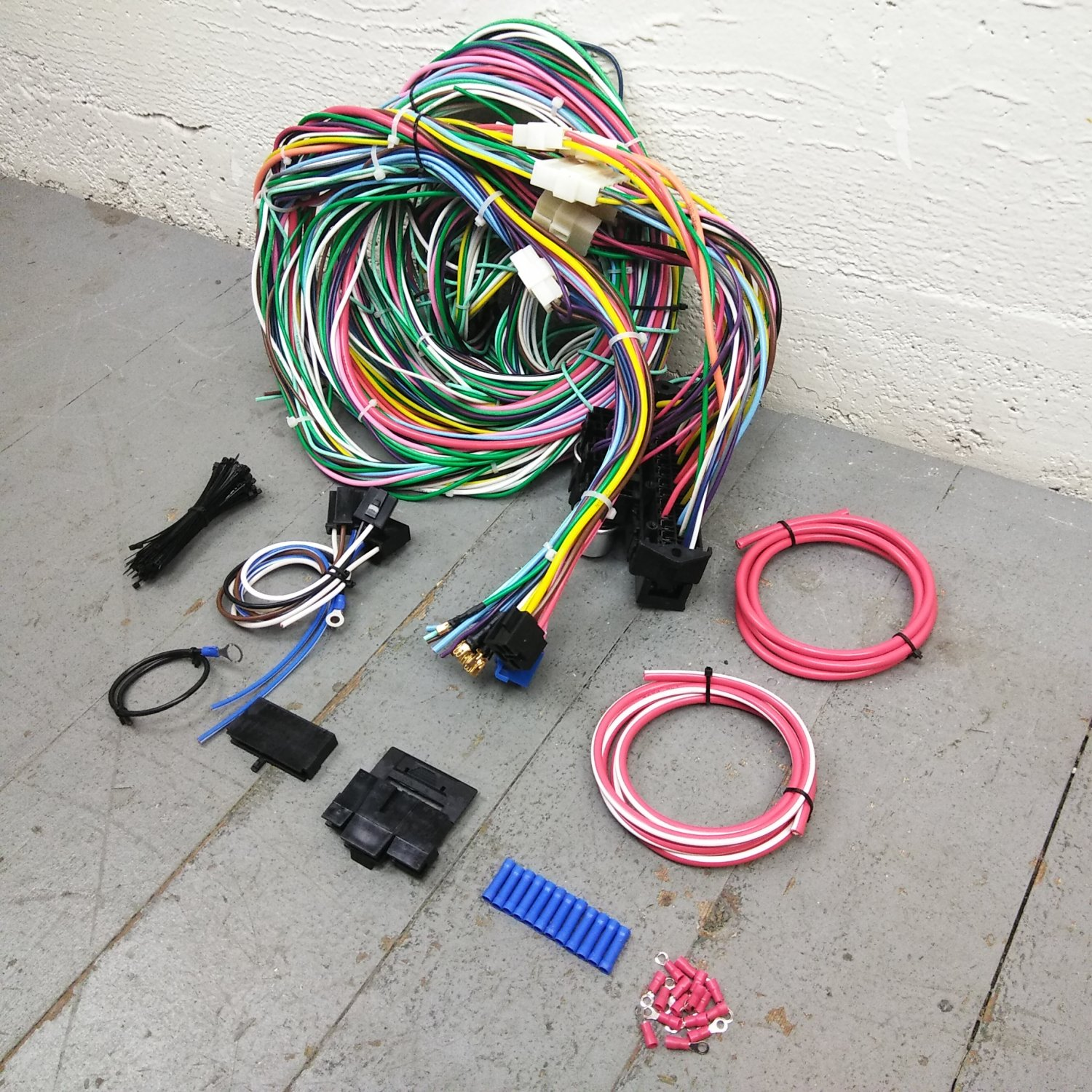 hight resolution of 1968 1972 nova wire harness upgrade kit fits painless circuit fuse update new bar product description c