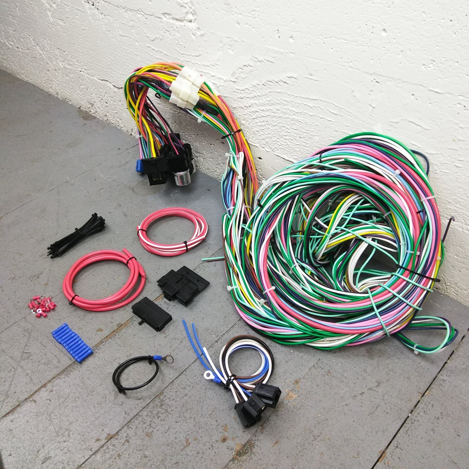 hight resolution of 1967 1968 camaro 68 1974 nova wire harness upgrade kit fits painless fuse
