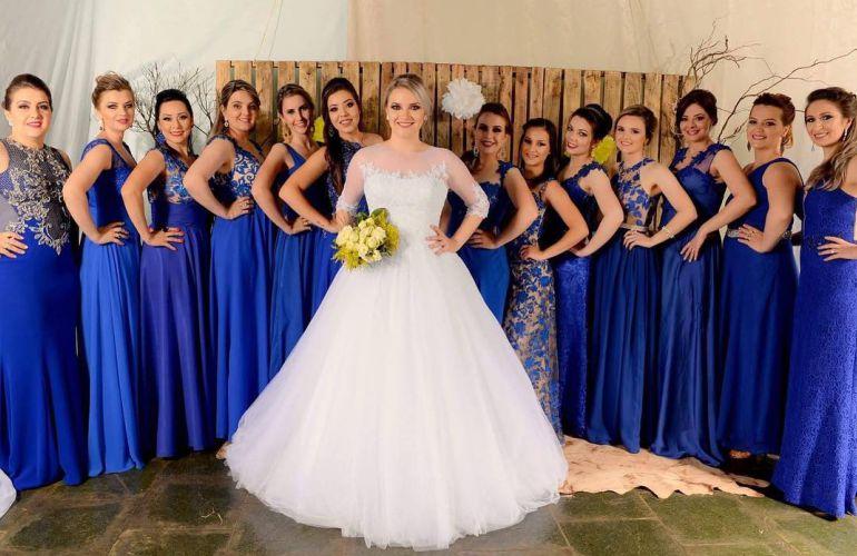 Maquiagem para casamento madrinha vestido azul royal