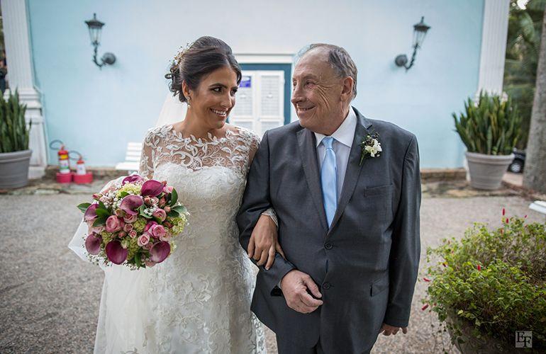 Cerimonia de casamento rsutico-chique na fazenda vila rica