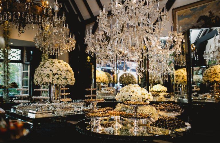 Decoração de casamento branca Espelhos