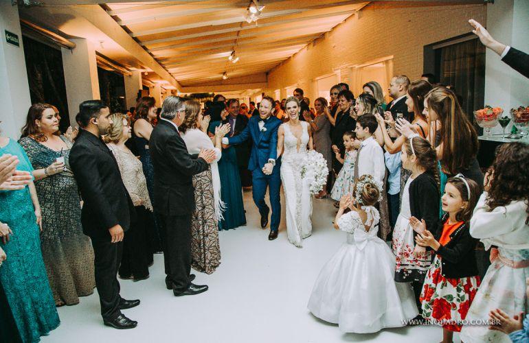 Entrada do noivos