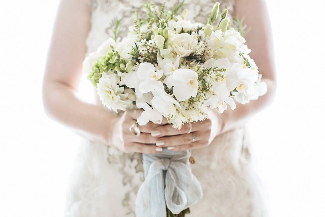 Buque de noiva branco | Foto: Flávia Valsani