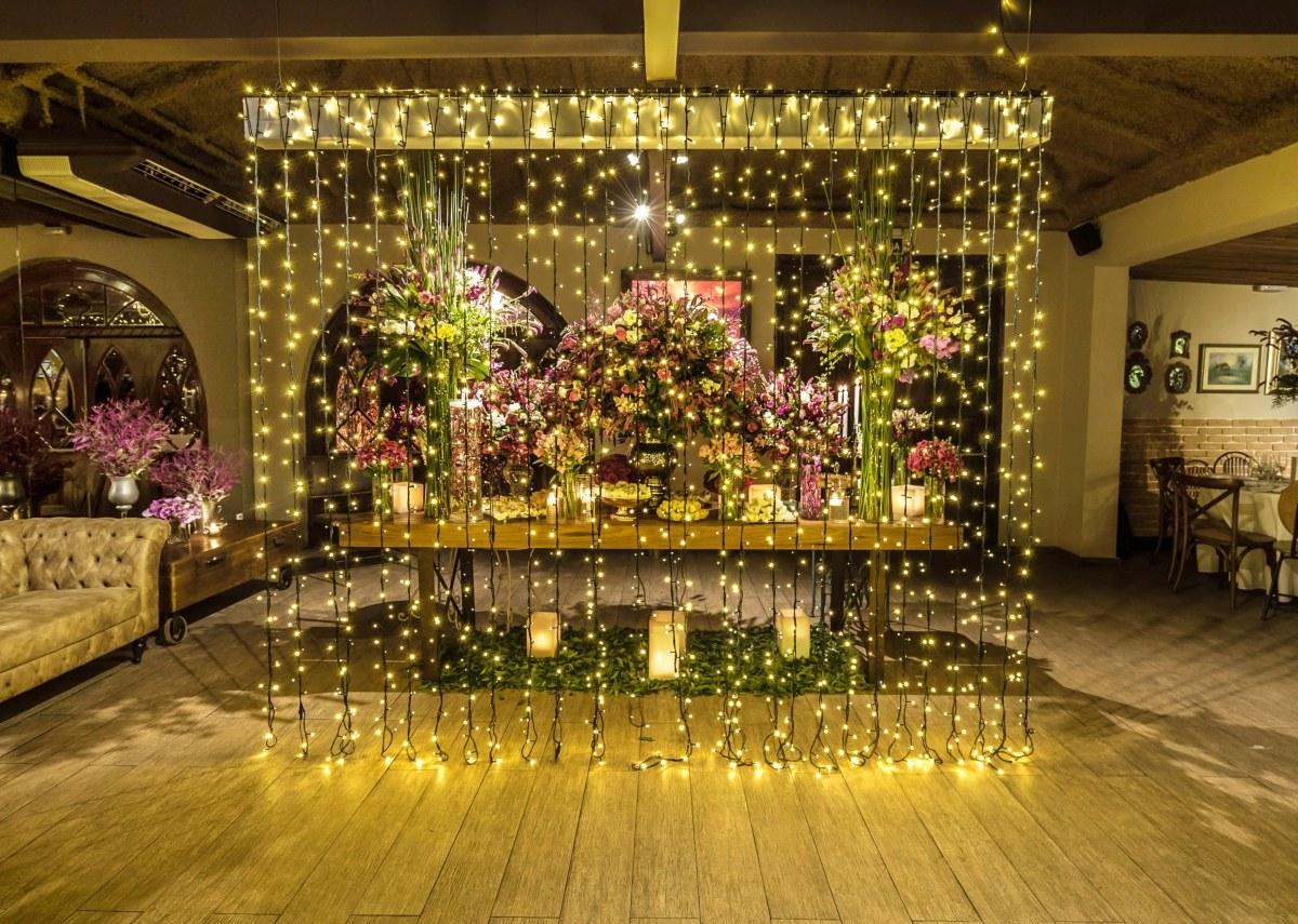 Decoração de Casamento Rosa nas Casas do Vila Bisutti - Quatar