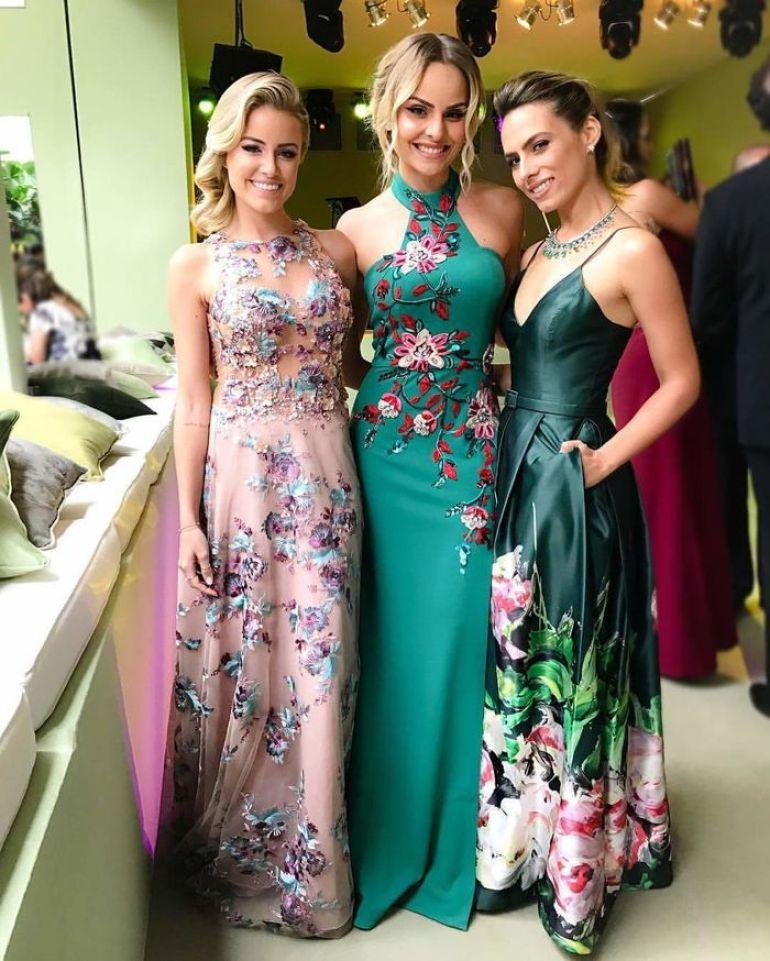Madrinhas de vestido floral