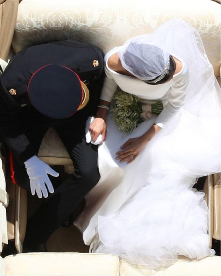 Meghan e Harry na Carruagem de casamento