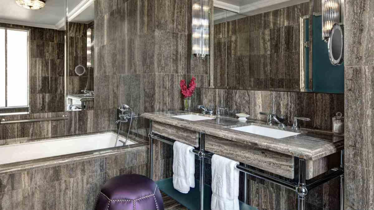 Milano Suite Bathroom St. Regis New York