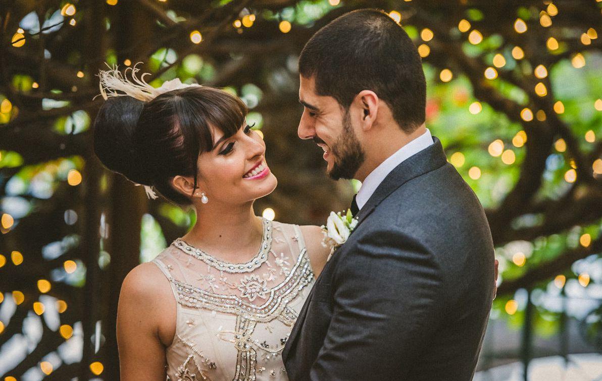Penteado de noiva com franja reta
