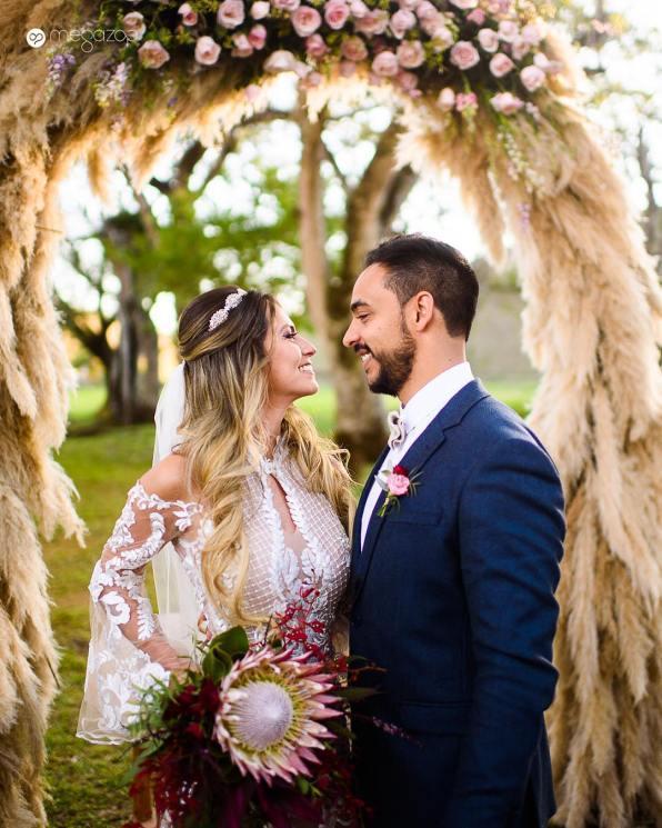 Buquê de noiva com protea