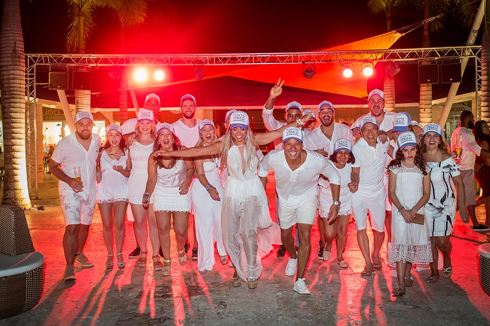 Festa de boas vindas  - Destination Wedding em Punta Cana | Foto: Danilo Maximo