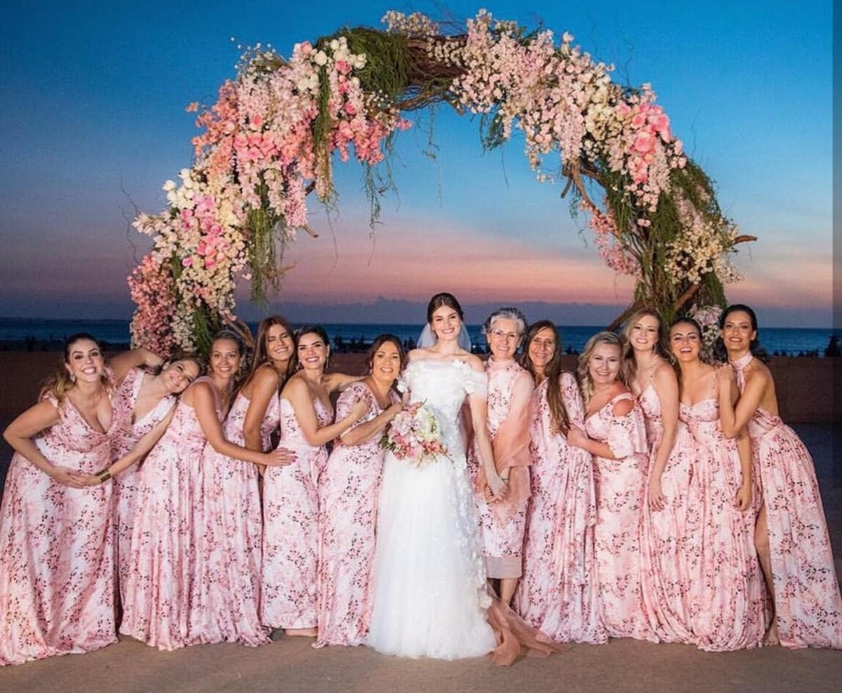 Tendência para madrinha de casamento: floral