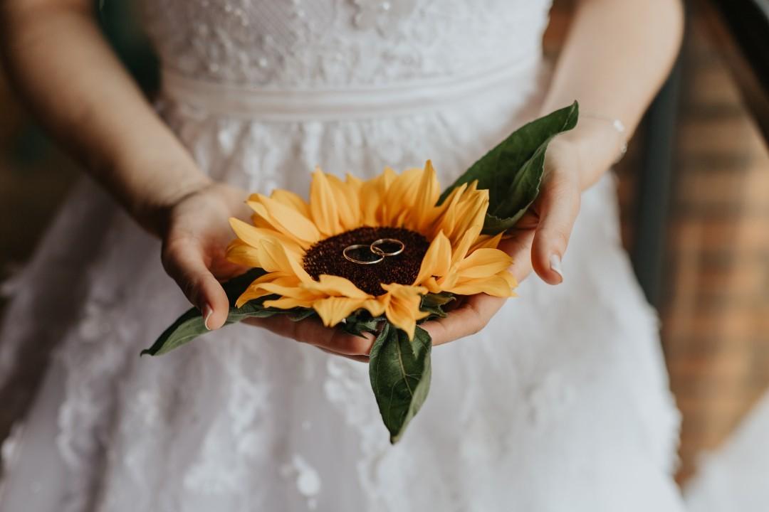 Decoraç u00e3o de casamento com girassol inspirações para se apaixonar! Blog de Casamento para  -> Decoração De Girassol Para Aniversario