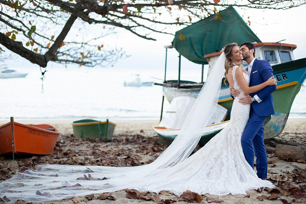 Casamento em ilhabela: Chris e Guilherme