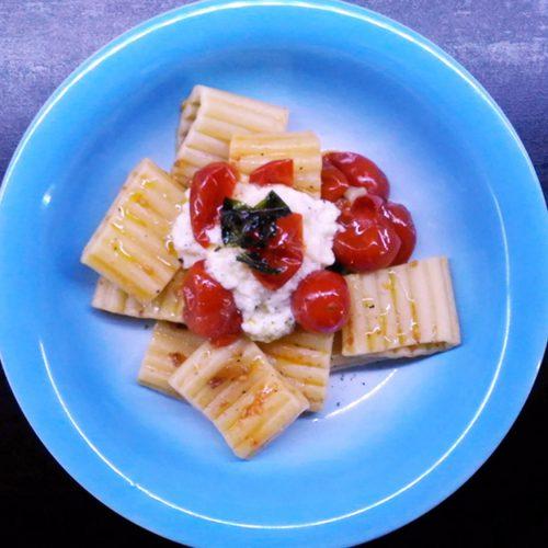 Pasta-pomodorini-e-mozzarella