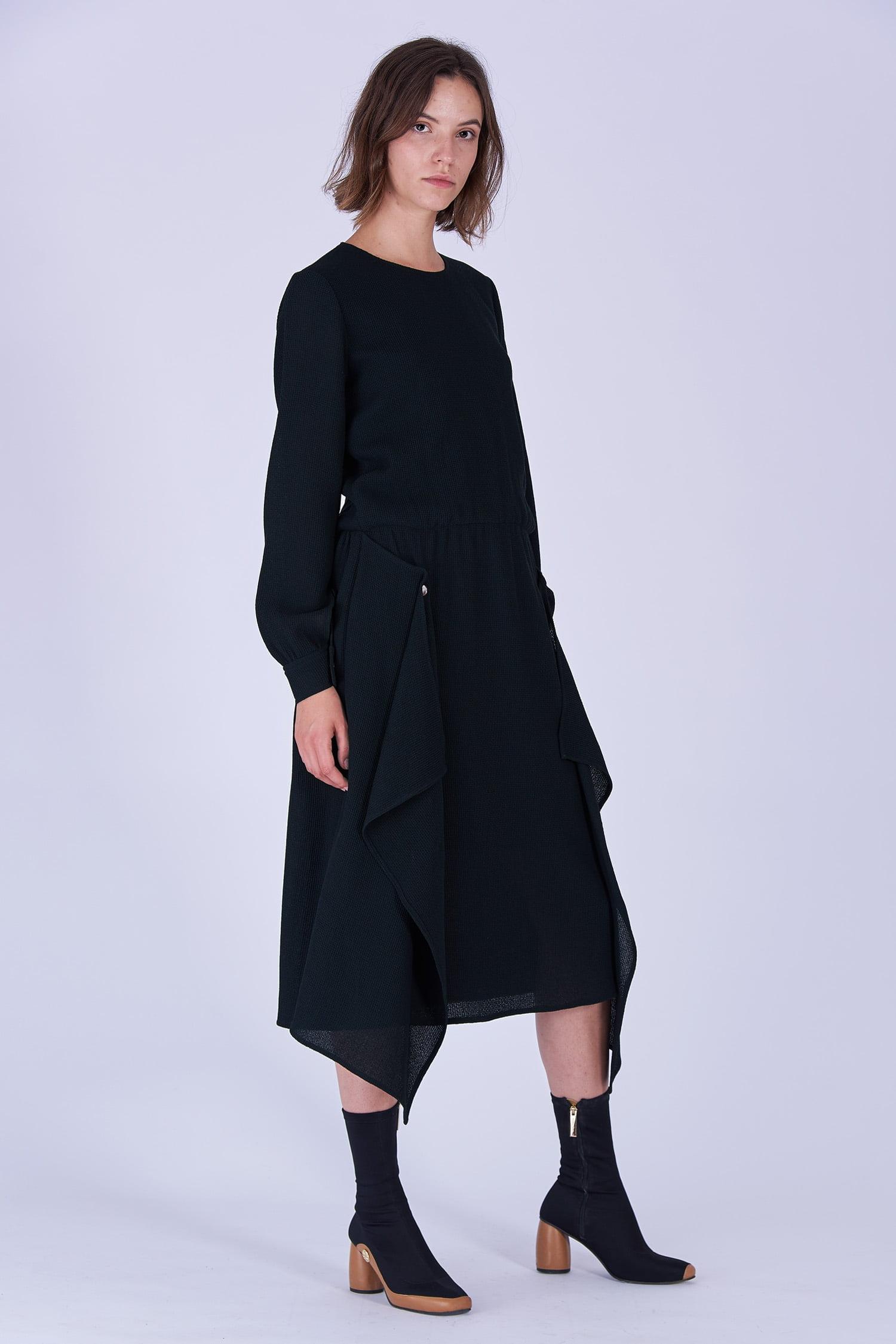 Acephala Fw19 20 Black Midi Draped Woolen Dress Czarna Sukienka Welniana Drapowana Side 3