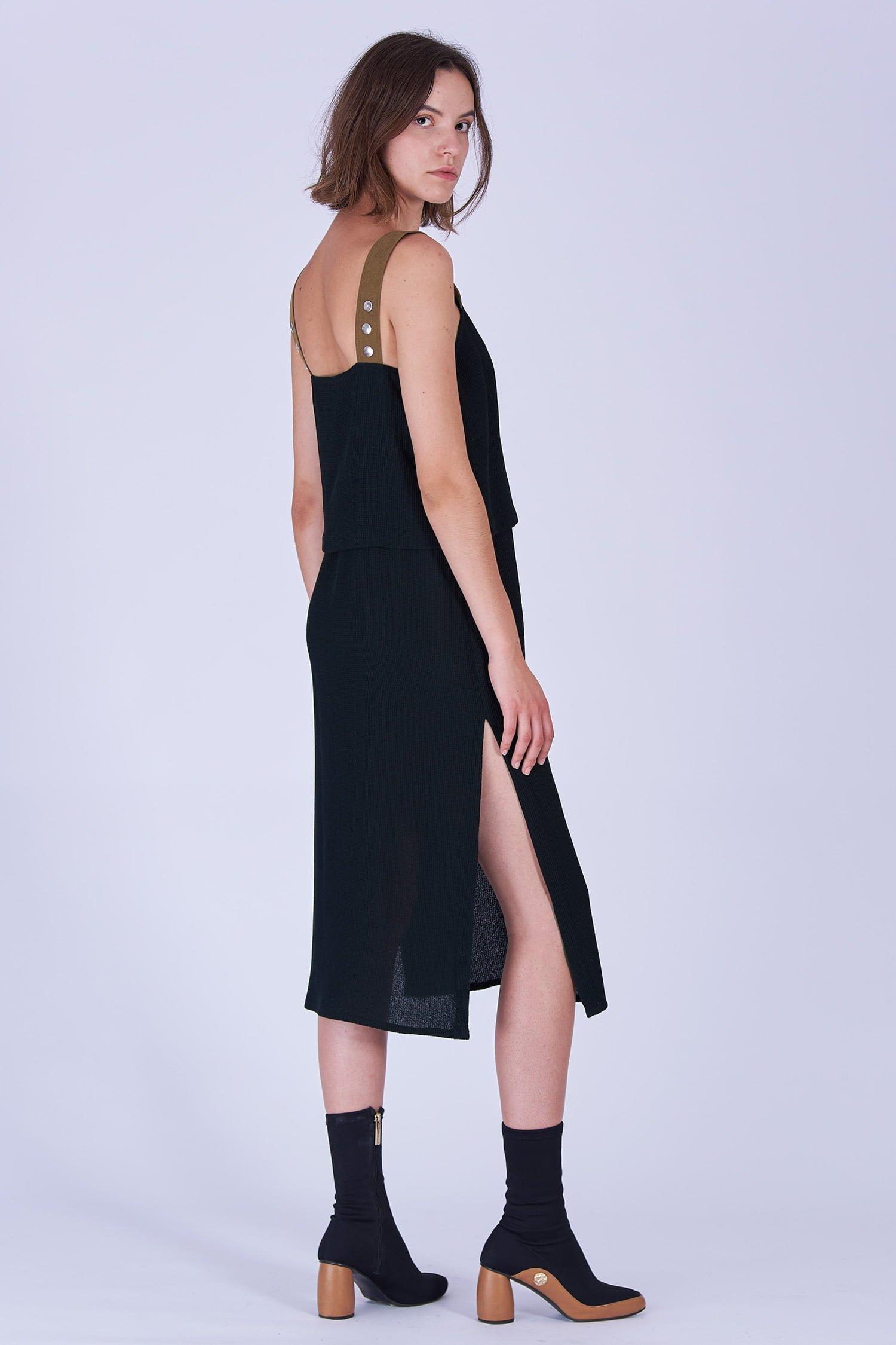 Acephala Fw19 20 Black Strap Midi Dress Czarna Sukienka Szelki Side 1