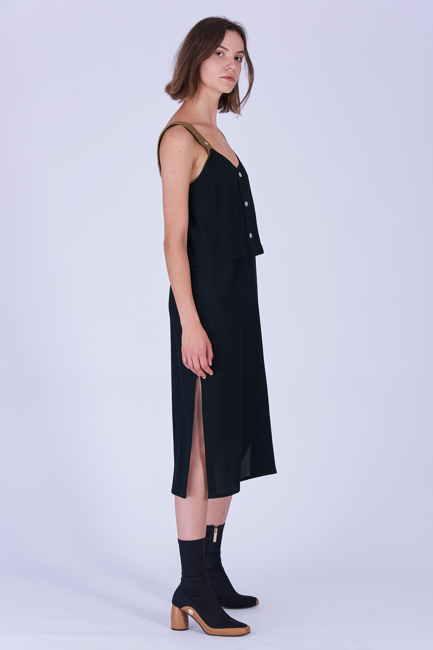Acephala Fw19 20 Black Strap Midi Dress Czarna Sukienka Szelki Side 2