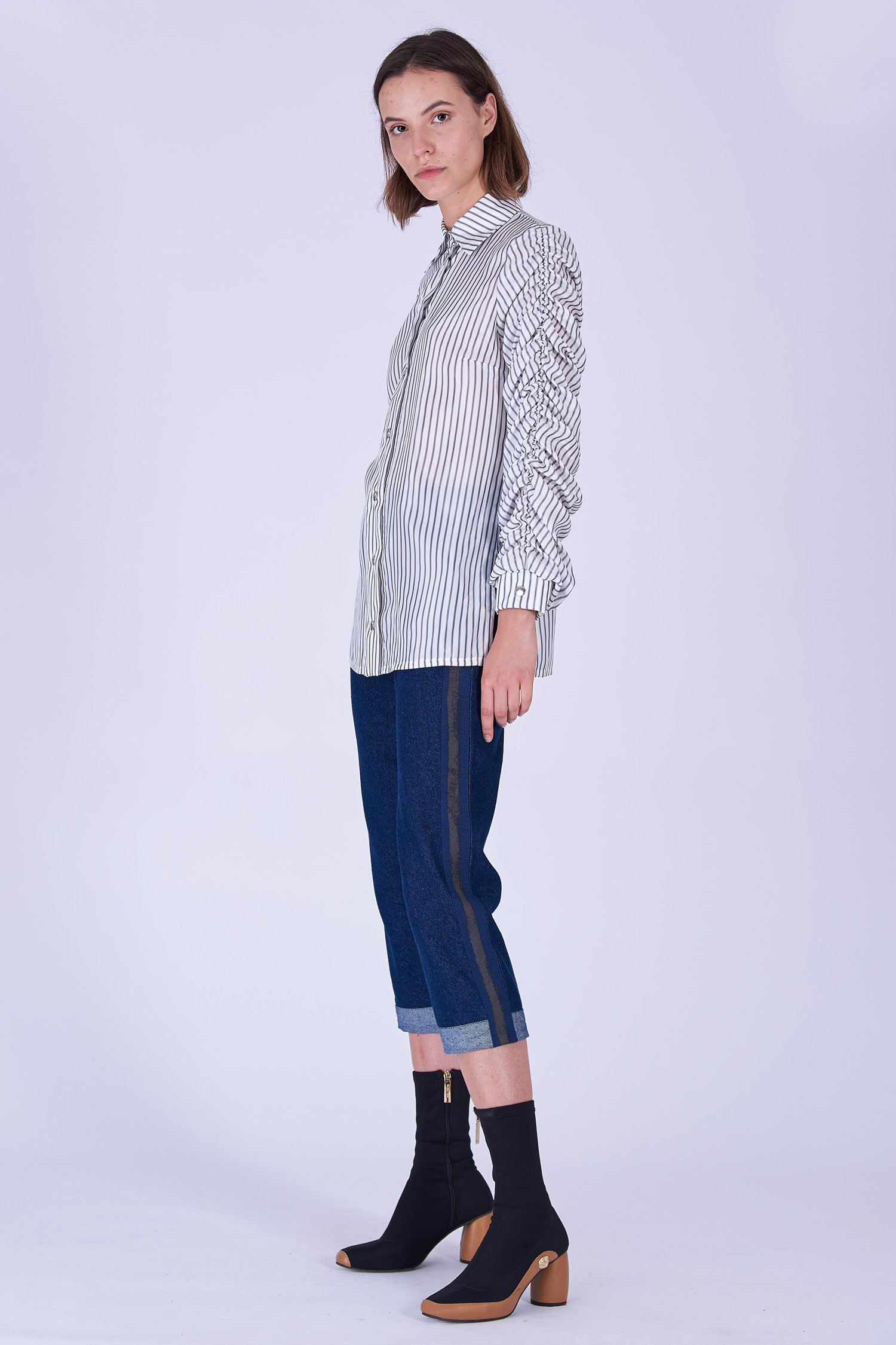 Acephala Fw19 20 White Striped Buttoned Shirt Biala Koszula Paski Side 1