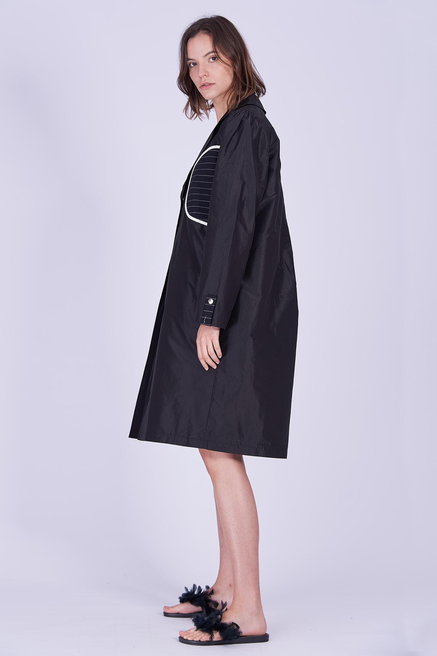 Acephala Ps2020 Black Light Coat Czarny Lekki Plaszcz Side