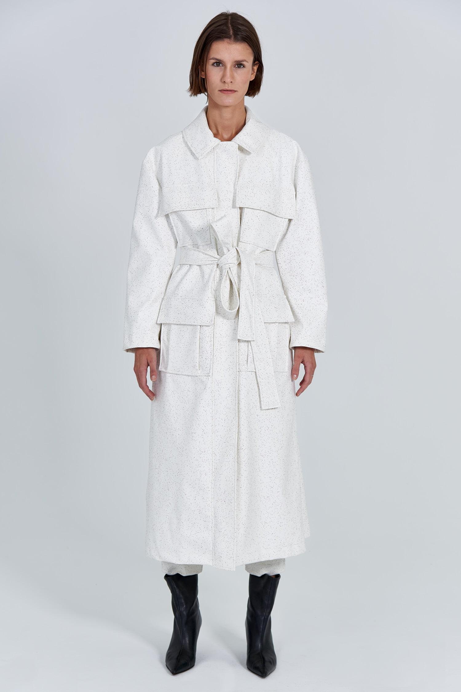 Acephala Fw 2020 21 White Maxi Trench Coat Front