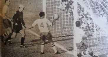 F 09 - 1962 - Brasil 3 x Tchocoslováquia 1 - final Copa  62 - gol de Zito