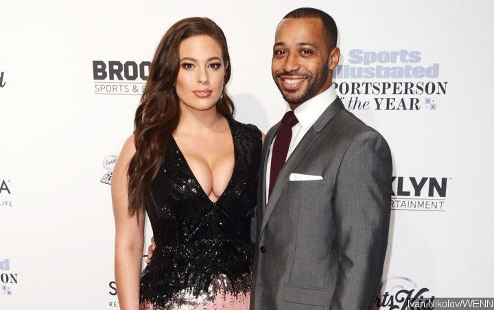Ashley Graham Surprises With Pregnancy Announcement on Ninth Wedding Anniversary