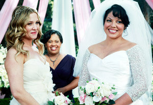First Picture Of 'Grey's Anatomy' Lesbian Wedding