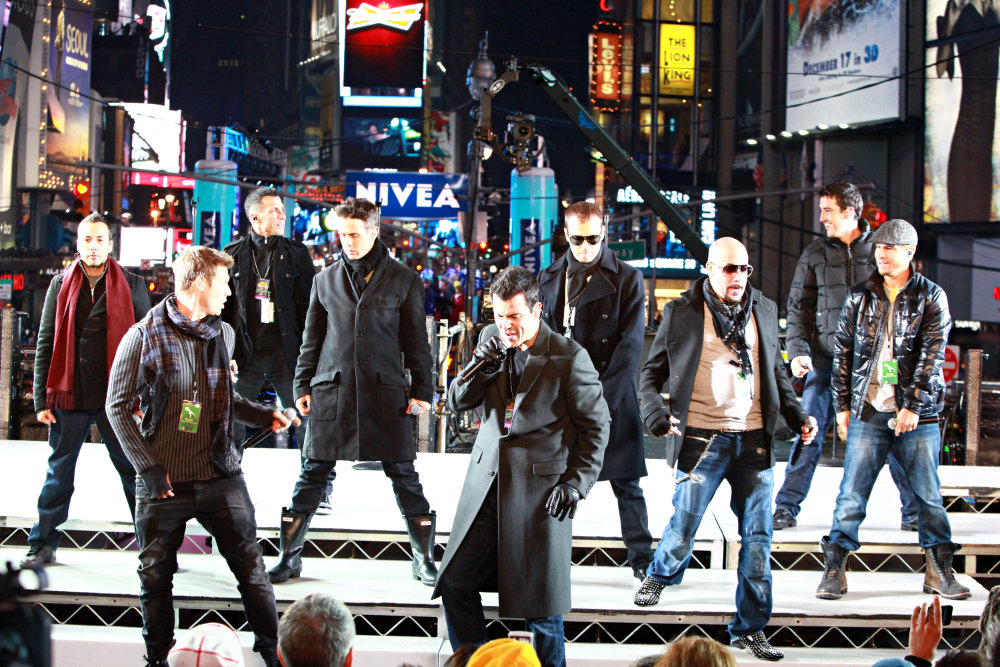 Nkotbsb Don T Turn Out Lights