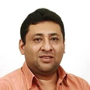 Dr. Mário Roberto Barraza Lários