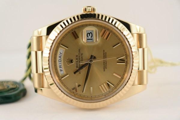 Rolex Day-Date 40 228238 Champagne Dial