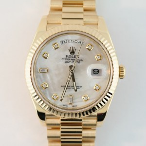 Rolex Day-Date 228238 President Mother of Pearl Diamond Dial