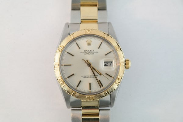 Rolex Datejust 1625 Two Tone Thunderbird Bezel Oyster Band Silver Stick Dial