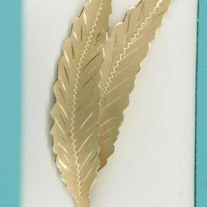 14K Two Engraved Leaves Brooch Fanning Pattern