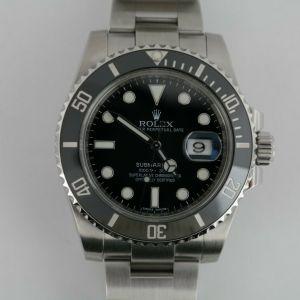 Rolex Submariner Date 116610LN Black Ceramic Bezel Insert & Dial 40mm Oyster Band