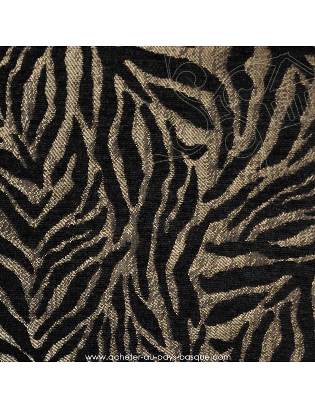 tissu velours jacquard thevenon tigre noir et argent ameublement